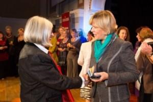 Bild von der Verleihung des Ehrenzeichens 2012.