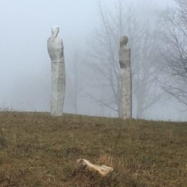 Frauen im Nebel